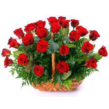 Roses in a basket bouquet delivery NAirobi