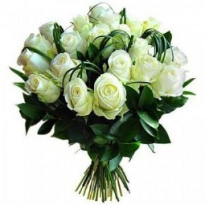 White roses bouquet delivery Nairobi