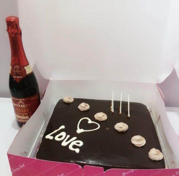 love cake and wine
